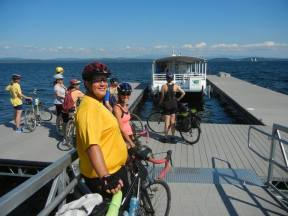 The bike ferry was doing a booming business on the weekend. [TD]
