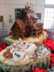 A model of a hot spring and geyser basin lies adjacent to the inn.