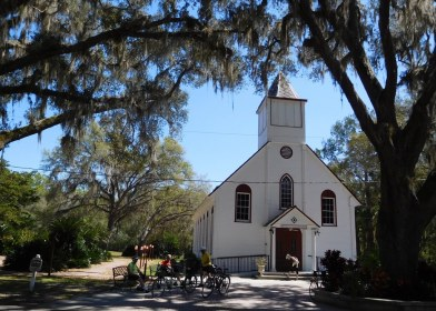 A country church near Armstrong. The tree-shaded roads near here were some of the prettiest we biked.