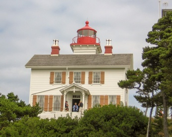 The Yaquina Bay Lighthouse (1871) in Newport, Oregon, operated for only three years before a new lighthouse at Yaquina Head, 4 miles north, rendered it obsolete. Stories of ghosts abound here, as at many lighthouses.